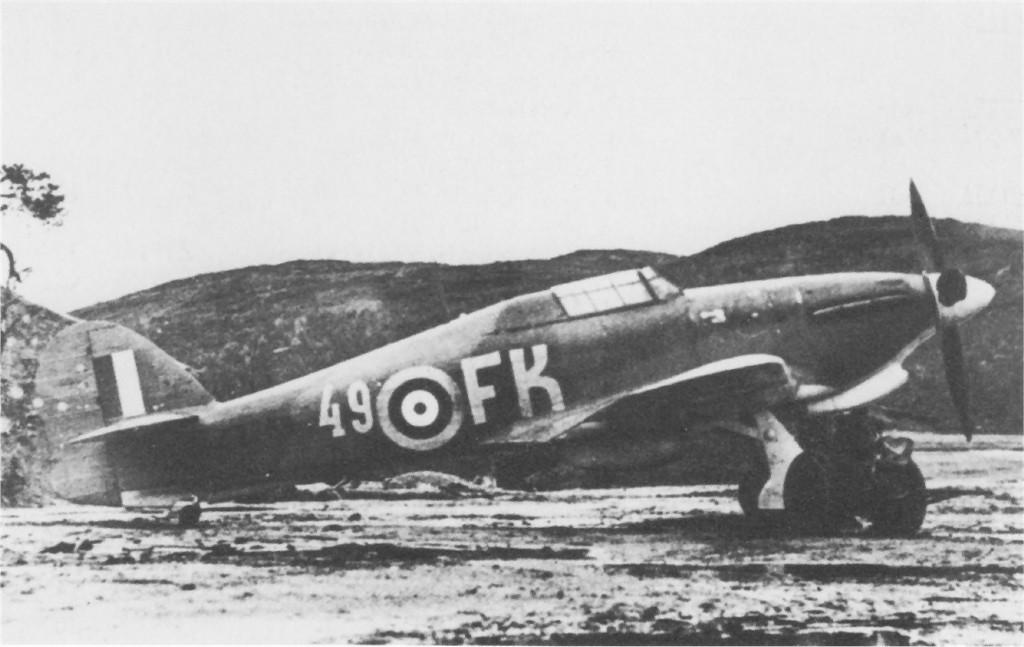 Hurricane IIa Trop 78IAP Northern Fleet Air Force FK49 Z3768 Vaenga Soviet Russia Sep 1941 01