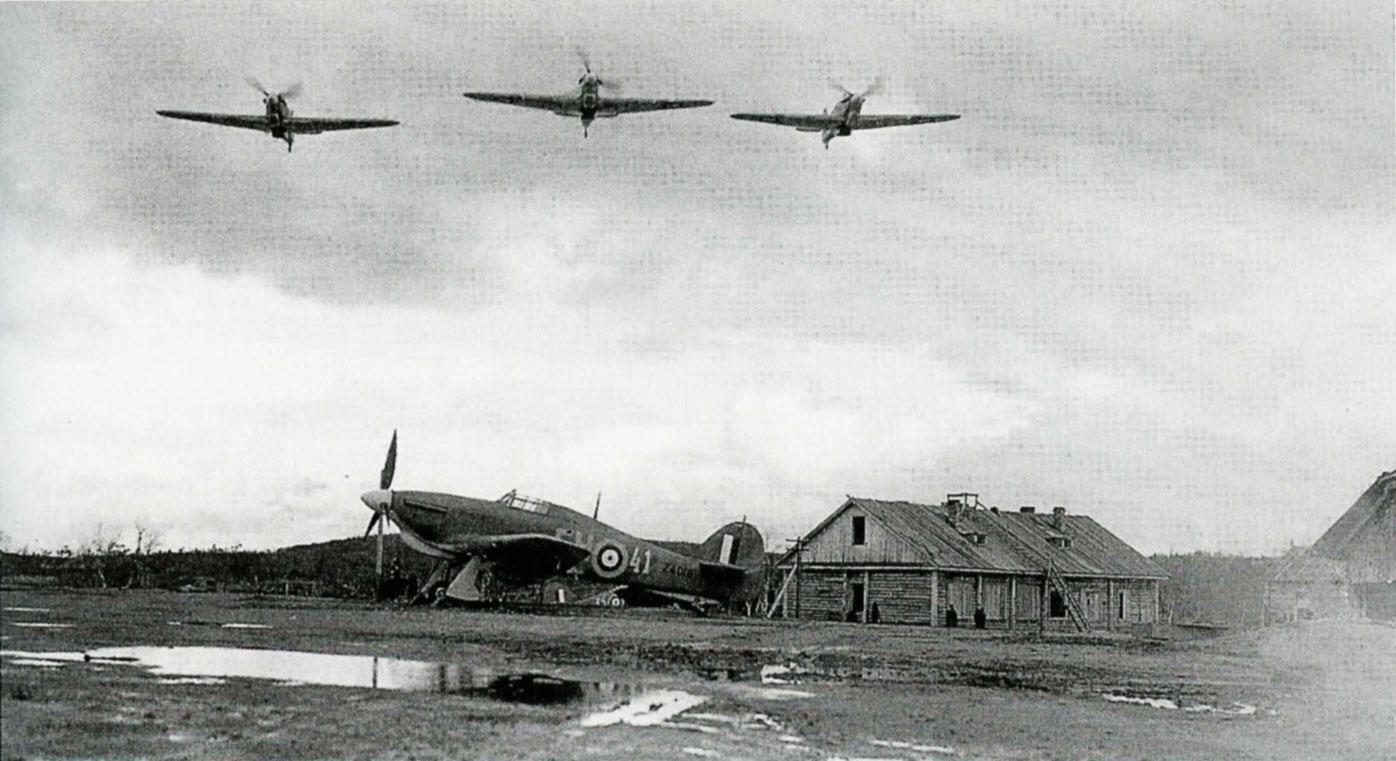 Hurricane IIb RAF 151 Wing 81Sqn FH41 Z4018 Vaenga airfield 01