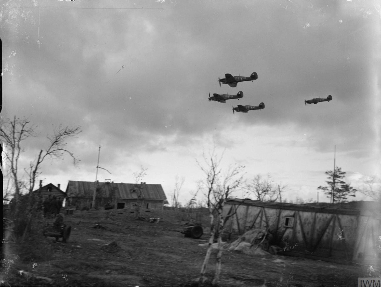 Hurricane IIb RAF 81Sqn FS45, FR44, FP43 and FU56 Z4017 return from an escort mission Vaenga IWM CR165
