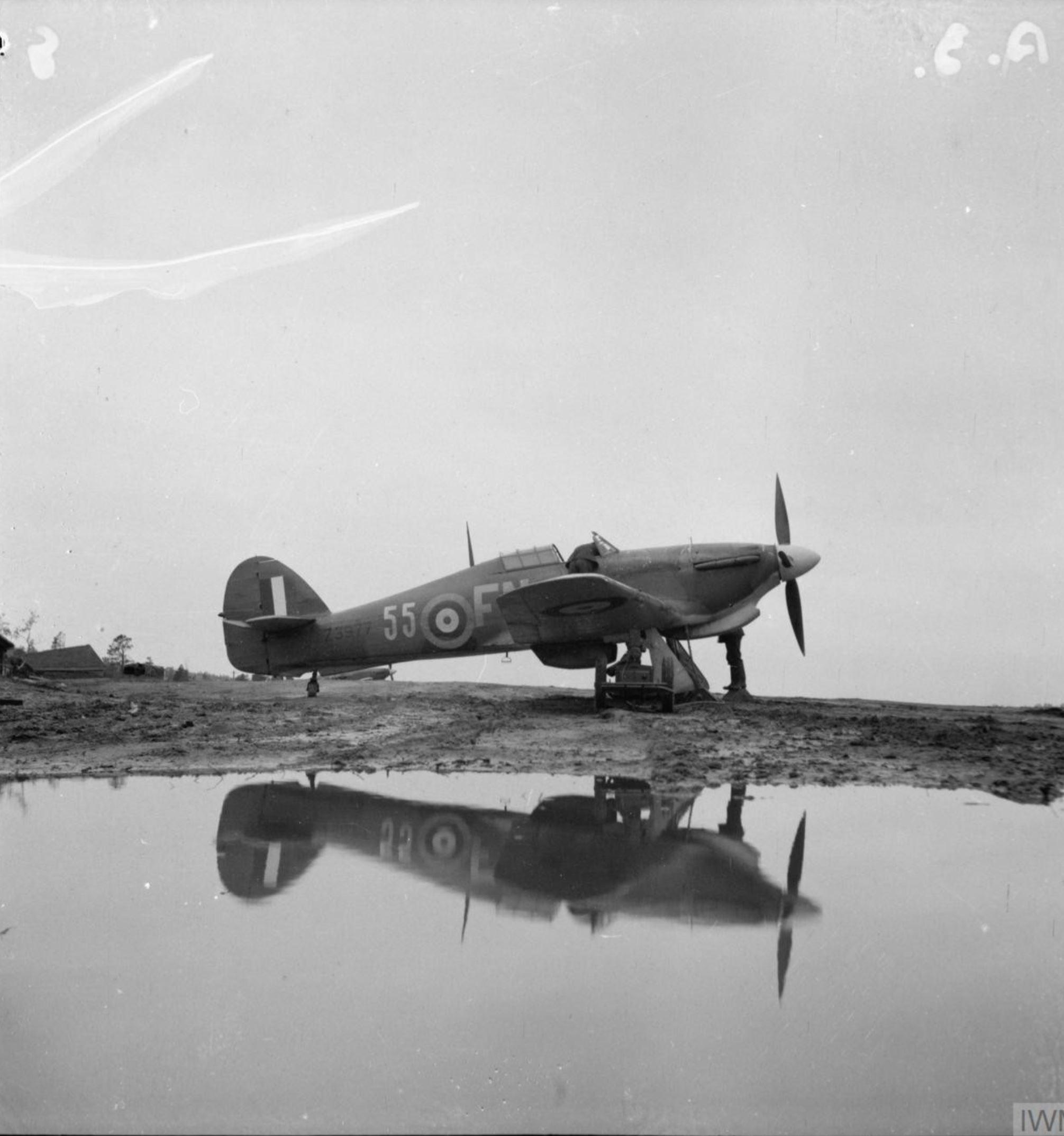Hurricane IIb Trop RAF 151 Wing 81Sqn FN55 Z3577 Vaenga USSR Oct 1941 IWM CR11