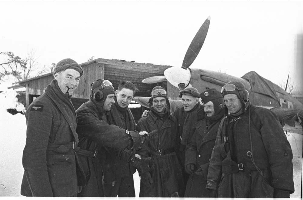 Hurricane IIb Trop RAF 151 Wing 81Sqn FR44 BD792