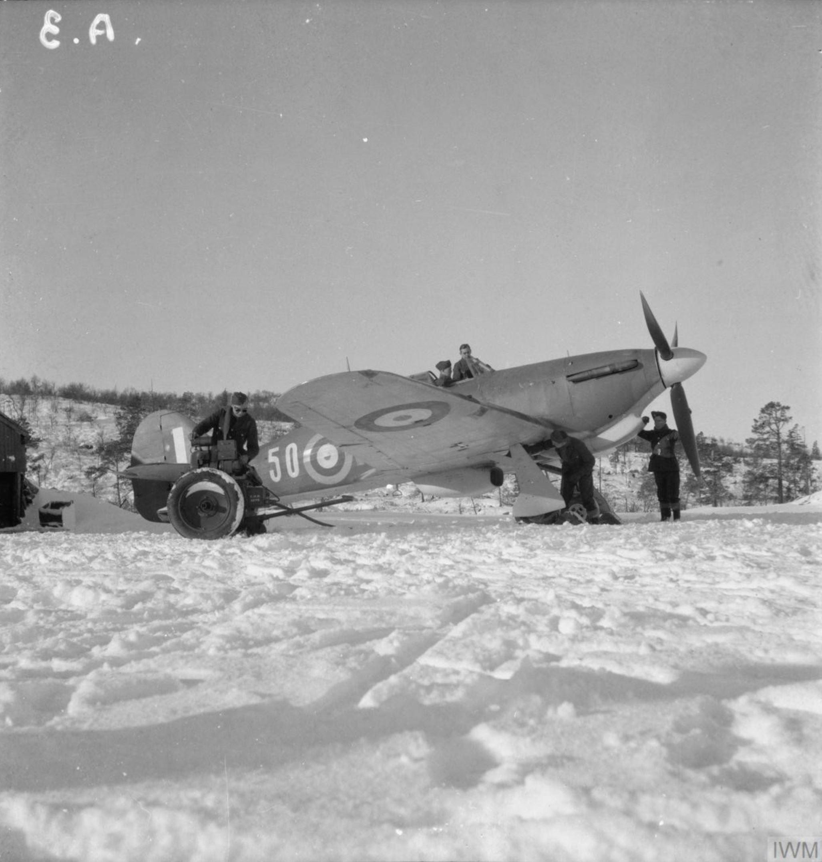 Hurricane IIb Trop RAF 151 Wing 81Sqn Fx50 BD792 Vaenga USSR Oct 1941 IWM CR96