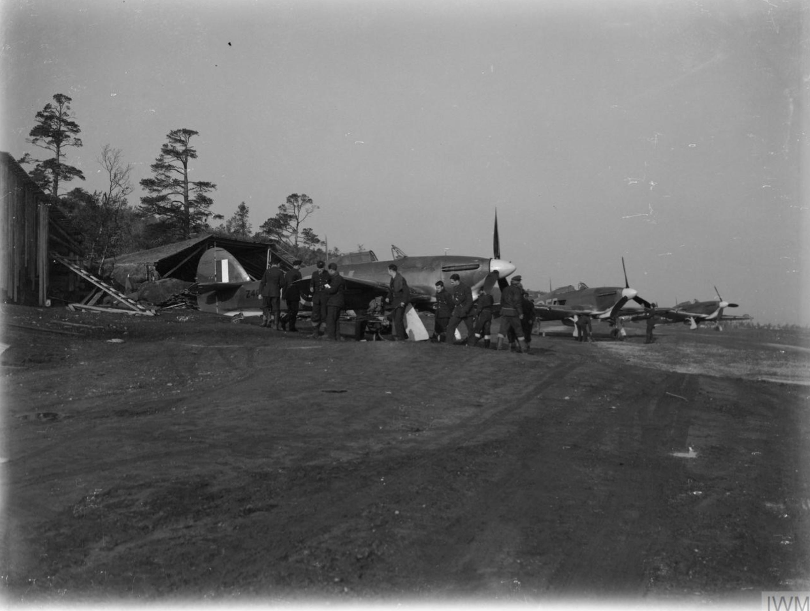 Hurricane IIb Trop RAF 151 Wing 81Sqn Fxxx Z41xx or Vaenga Oct 1941 IWM CR32