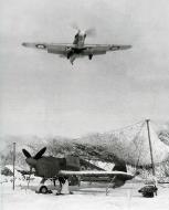Asisbiz Hurricane IIb Trop RAF 151 Wing 134Sqn G037 Z5225 Vaenga Oct 1941 01