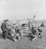 Asisbiz Hurricane IIb Trop RAF 151 Wing 81Sqn FE53 Z5227 Vaenga USSR Oct 1941 IWM CR27