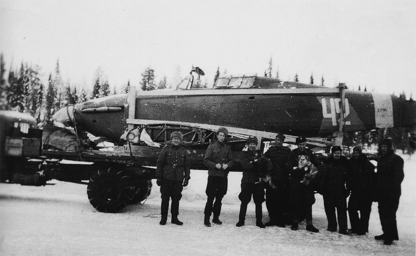 Hurricane II USSR 152IAP W42 Z2585 force landed  Tuoppajarvi and captured by Finnish forces 18th Feb 1942 08