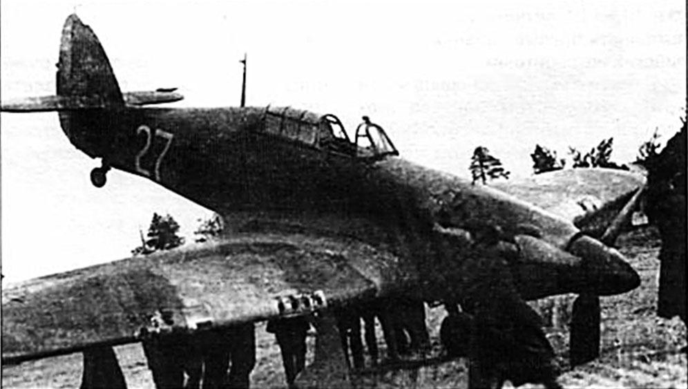 Hurricane II USSR Northern Fleet 27 landing mishap Belomorsk Sumskoy Posad 1942 01