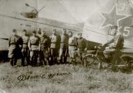 Asisbiz Ilyushin IL 4 (DB 3F) 20GBAP ET 145 with personnel at Sevastopol front 1945 01