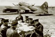 Asisbiz Ilyushin IL 4 5GvMTAP Red 1 crew having a sit down meal Stalingrad May 1943 01