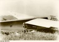 Asisbiz A Fallschirmjager and a DFS 230 glider in Crete Bundesarchiv