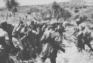 Asisbiz German paratroopers capturing British soldiers during the Battle for Crete May 1941 ebay 02