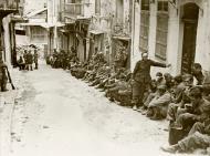 Asisbiz German prisoners under British guard 6 June 1941 IWM E3066E