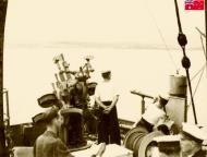 Asisbiz HMAS Sydney as she approaches Suda Bay Crete 14 Nov 1940 IWM E1152