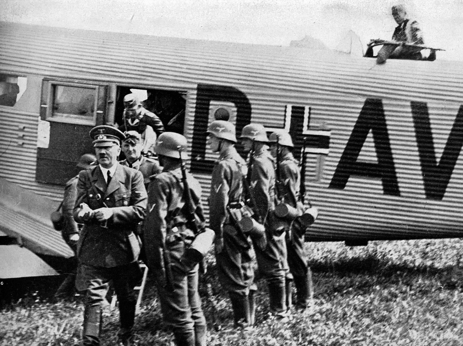 Image Gallery Ju 52 Hitler