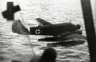 Asisbiz MTO Junkers Ju 52 3mW LTrStSee1 rud ISH later TG4 8A+HJ Mediterranean 1943 02