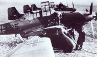 Asisbiz Junkers Ju 87A Stukas partial code L25 being refueled Germany 1938 01