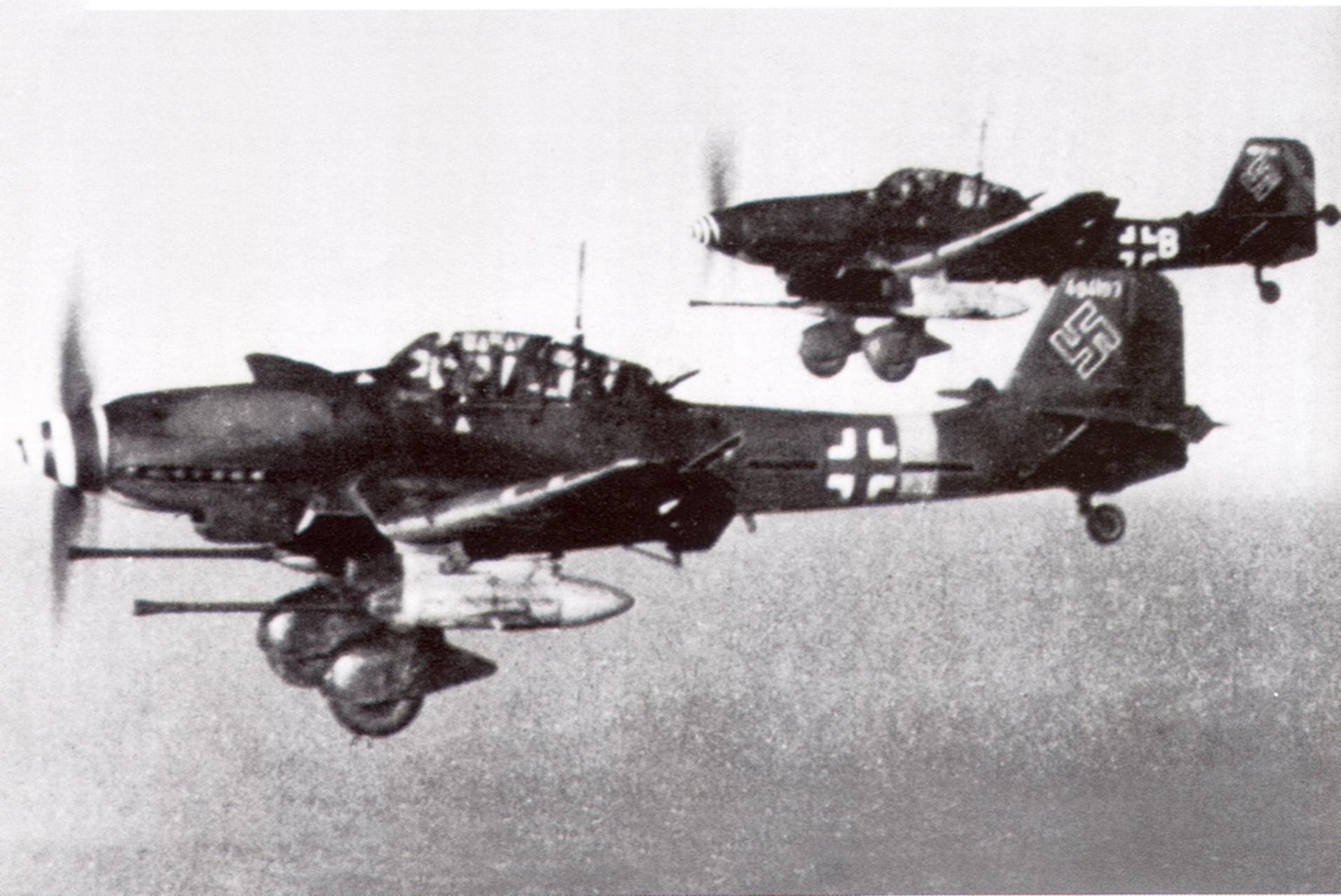 Junkers Ju 87G2 Stuka Stab SG2 WNr 494193 Stkz SO+FW Rudel over Seregelyes Hungary Dec 1944 01