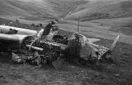 Asisbiz Junkers Ju 88A force landed near Mallwyd Wales on a raid to Liverpool Aug 31 1940 02