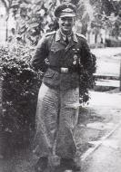 Asisbiz Aircrew Luftwaffe Armourer 2.NJG5 Paul Mahle 01