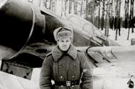 Asisbiz Lavochkin La 7 16GvIAP Novosibirsk presentation aircraft at Jezowe Poland 1st Nov 1944 01