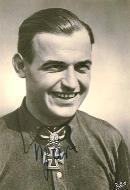 Asisbiz Aircrew Luftwaffe pilot Heinz Bar 02