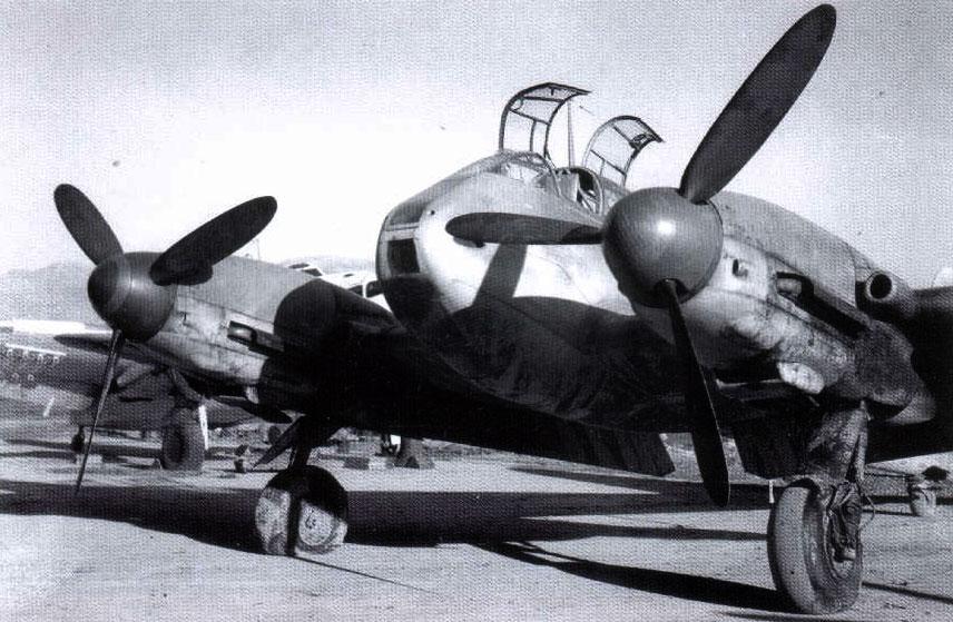 Messerschmitt Me 410A Hornisse 2.(F)122 (F6+OK) Italy 1944 01