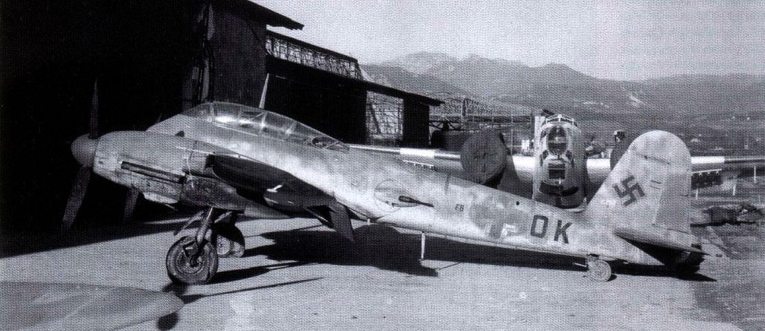 Messerschmitt Me 410A Hornisse 2.(F)122 (F6+OK) Italy 1944 02
