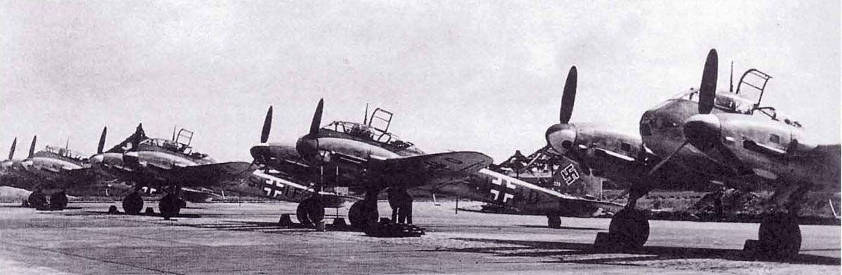 Messerschmitt Me 210A1 Hornisse Stab III.EG210 (SI+ID) Holland 1941 01