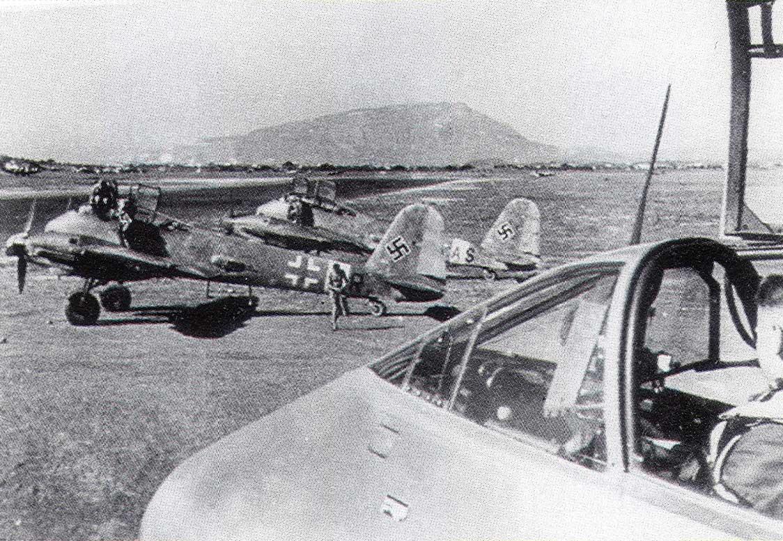 Messerschmitt Me 210C Hornet 8.KG1 (2N+AS) Tunisia 1942 02