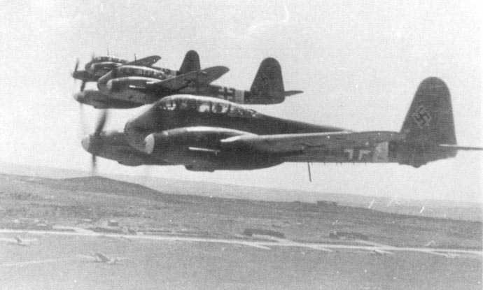 Messerschmitt Me 410A Hornisse 7.KG1 (2N+FR) Tunisia 1942 02