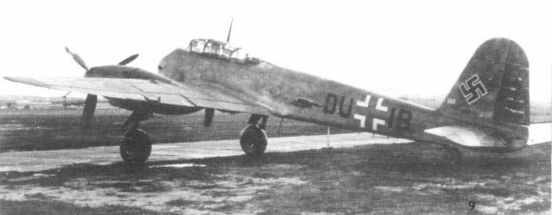 Messerschmitt Me 210A0 Hornisse Stkz DU+IB Rechlin 1942 01