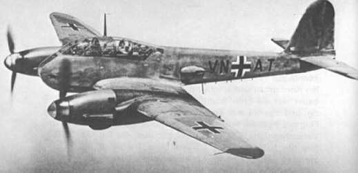 Messerschmitt Me 210A1 Hornisse Stkz VN+AT WNr 210182 in flight 1942 05