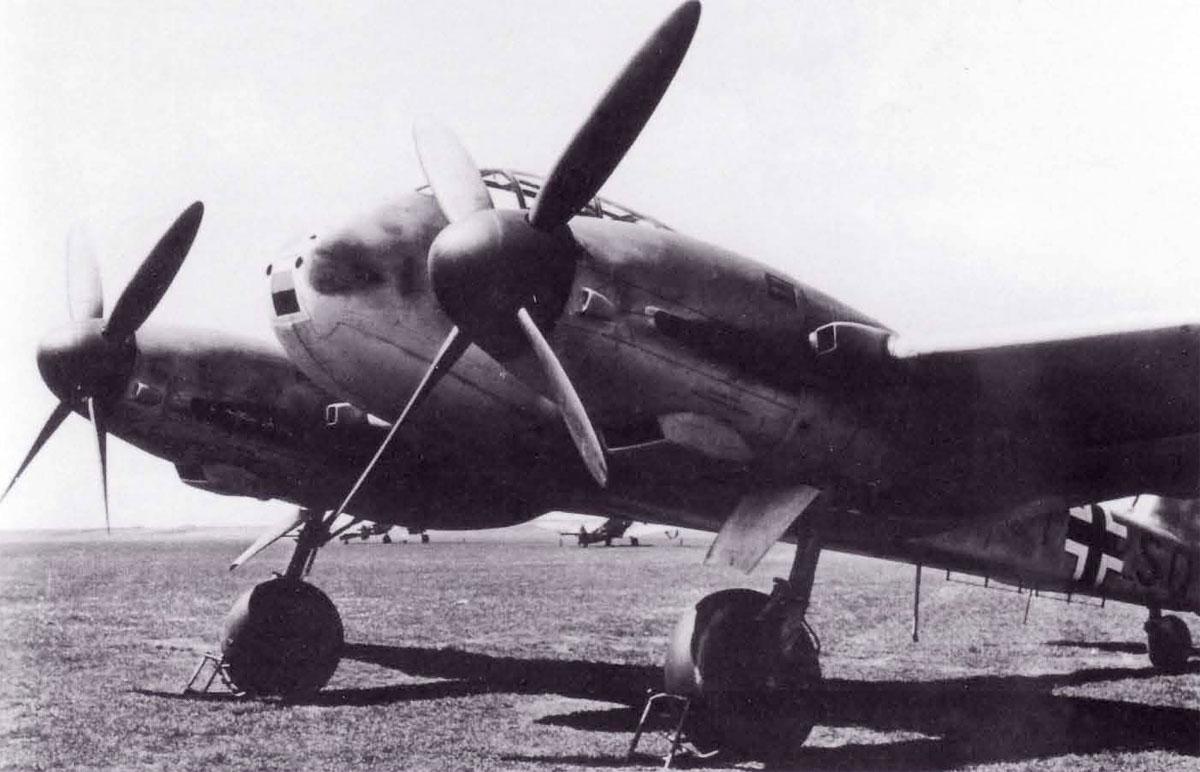 Messerschmitt Me 210V13 Hornisse Stkz GI+SQ WNr 210013 Rechlin 1941 03