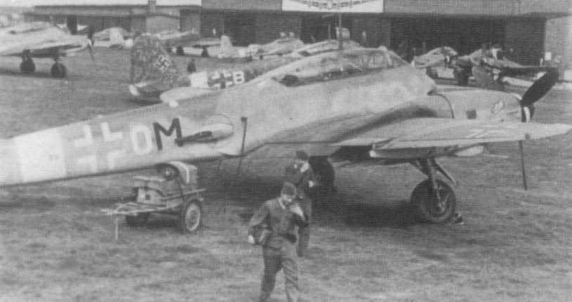 Messerschmitt Me 410 Hornisse ( +OM) 01