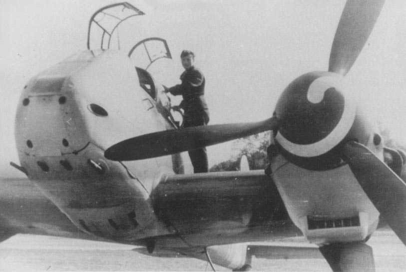 Messerschmitt-Me-410-Hornisse-07.jpg
