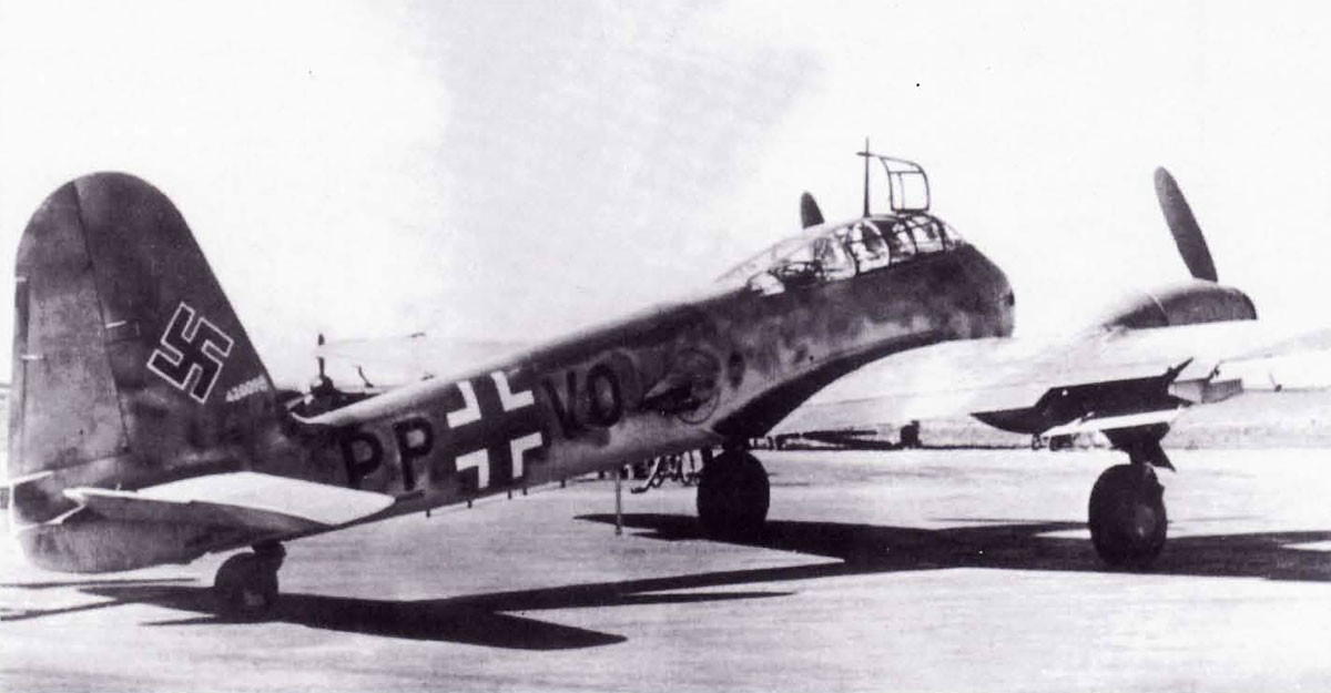 Messerschmitt Me 410A1 Hornisse Stkz PP+VO WNr 420098 weapon tests Denmark 1944 01