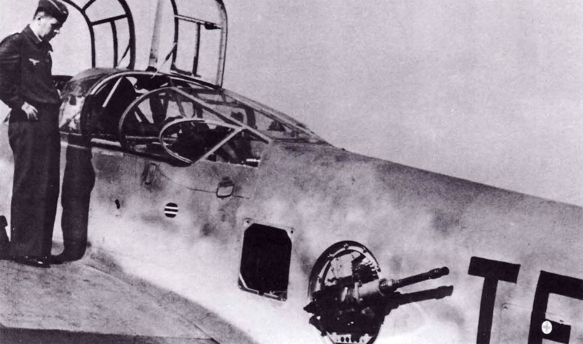 Asisbiz Messerschmitt Me 410B1 Hornisse Stkz TF+EQ Stab 3