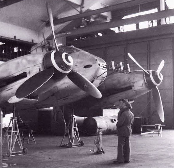 Messerschmitt Me 410B6 Hornisse captured with FuG200 radar 1944 02