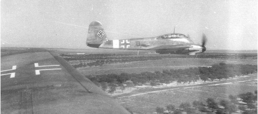 Messerschmitt Me 410A Hornisse Stab III.NJG7 (3U+CD) Germany 01