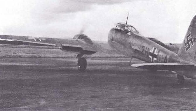Messerschmitt Me 210A1 Hornisse Versuchsstaffel 210 (2H+DA) Holland 1942 01