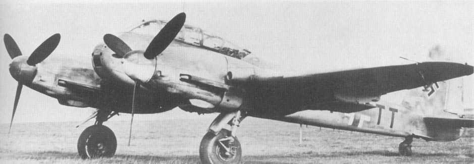 Messerschmitt Me 410A Hornet 9.ZG1 (2N+TT) Germany 1944 01