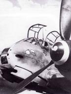 Asisbiz Messerschmitt Me 410B2 Hornisse 1.ZG1 France 1942 01