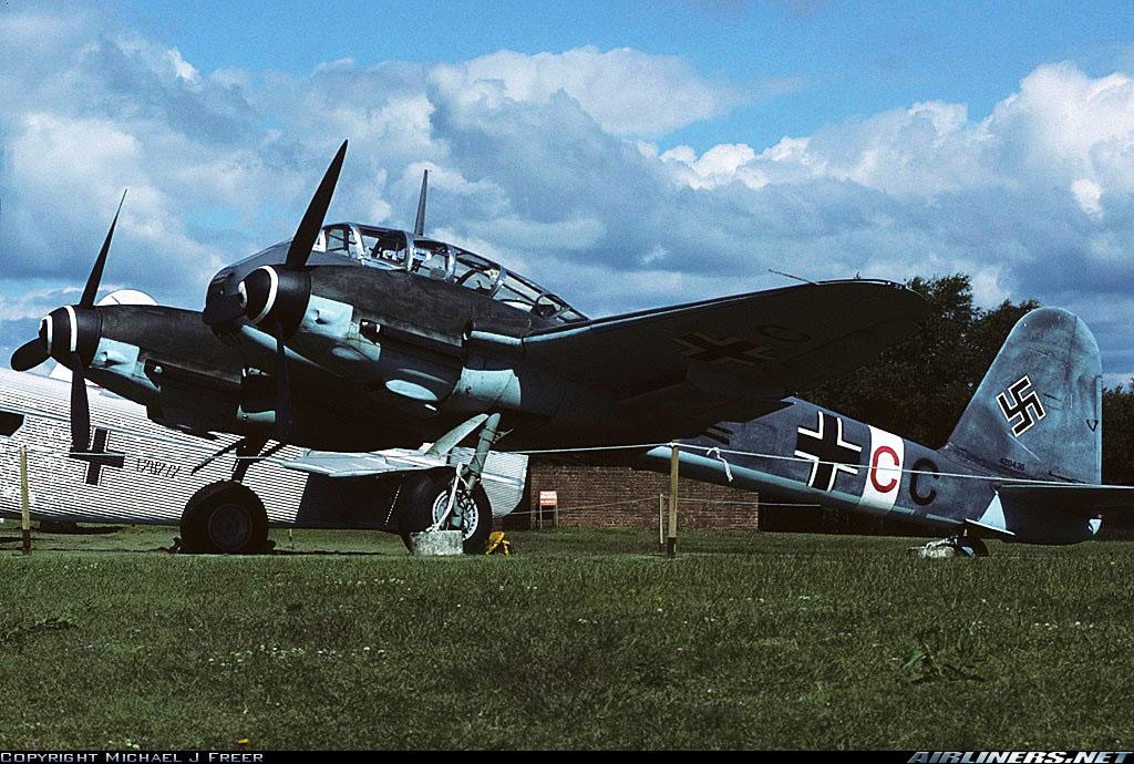 Messerschmitt Me 410B Hornisse Stab II.ZG26 (3U+CC) RAF Cosford Museum 08