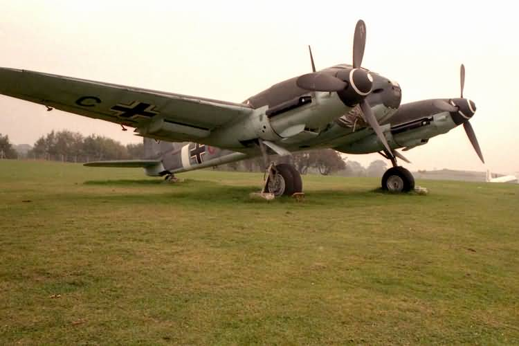 Messerschmitt Me 410B Hornisse Stab II.ZG26 (3U+CC) RAF Cosford Museum 09