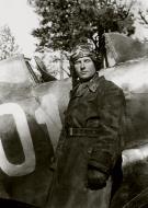 Asisbiz Mikoyan Gurevich MiG 3 124IAP Silver 01 with Alexander G Pronin at Vysoko Mazovetsk 1941 01