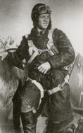 Asisbiz Mikoyan Gurevich MiG 3 41IAD White 0 with Capt AA Lipilin who sd a Ju 88 27 July 1941 01