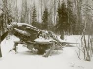 Asisbiz Mikoyan Gurevich MiG 3 unknown IAP White 14 abandoned 1942 01
