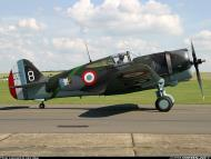 Asisbiz Curtiss Hawk H 75A1 FAF GC2 5 X881 France 1939 11 Duxford Warbird