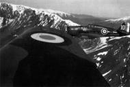 Asisbiz Curtiss Hawk H 75A3 French Airforce GC1.5 No279 White 10 Sgt Alexis de la Flechere Rabat France 1941 01