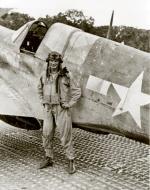 Asisbiz Aircrew USAAF 8FG35FS pilot Dick West at Finschhafen New Guenia 1942 01